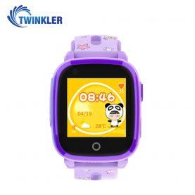 Ceas Smartwatch Pentru Copii Twinkler TKY-DF33 cu Functie Telefon, Apel video, Localizare GPS, Camera, Lanterna, SOS, Android, 4G, IP54, Joc Matematic – Mov, Cartela SIM Cadou